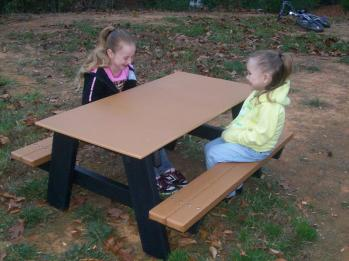 4' Kids Picnic Table - Recycled Plastic